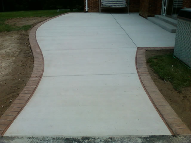 decorative patio with stamped edges