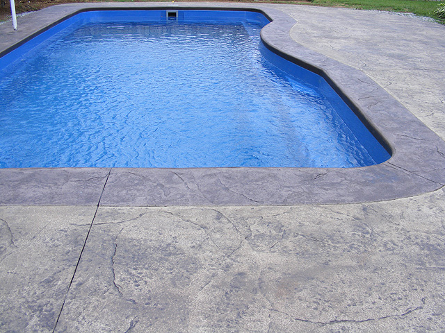 Concrete patios custom and stamped concrete buchheit for Design of swimming pool concrete