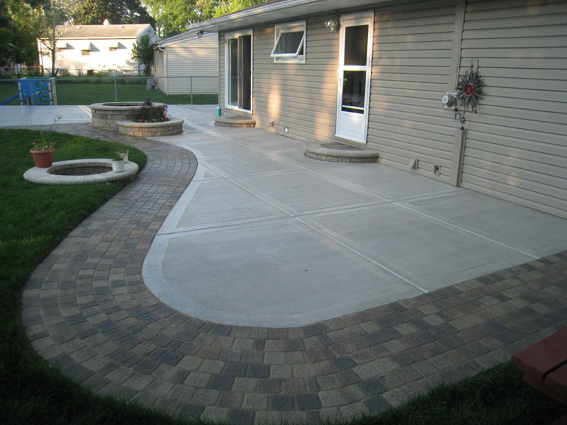 Concrete Patio With Stamped Edges