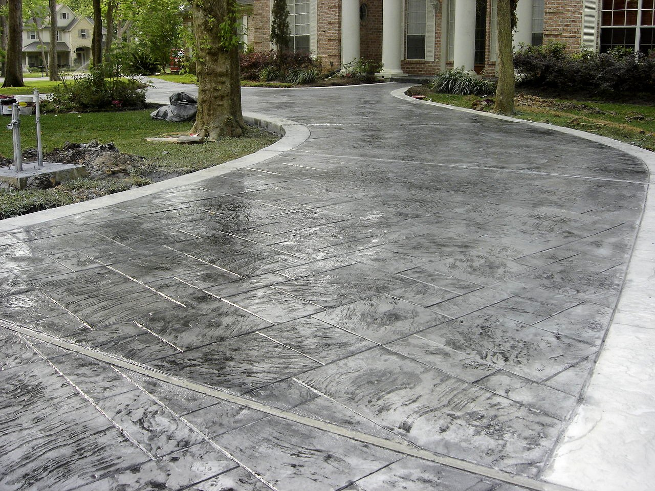 Modern Concrete Driveways - Buchheit Construction